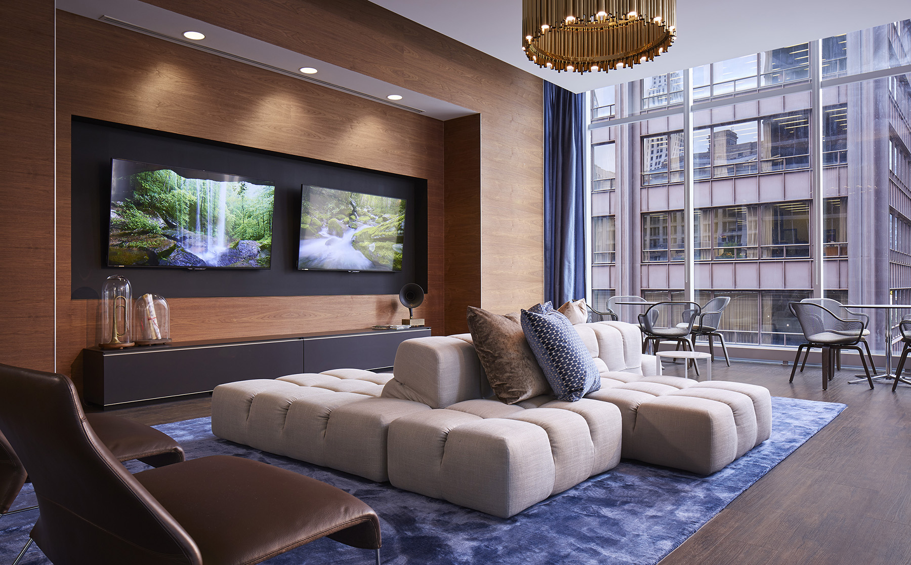 Downtown Chicago Apartments for All Weather Living