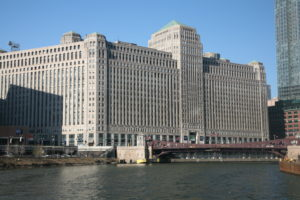 Looking for luxury apartments for rent near Merchandise Mart?