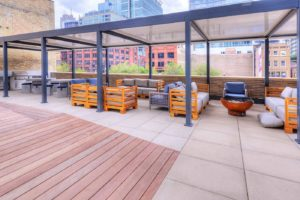 Luxury Amenities Downtown Chicago