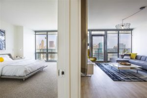 Looking for 2 bedroom apartments for rent near downtown Chicago?