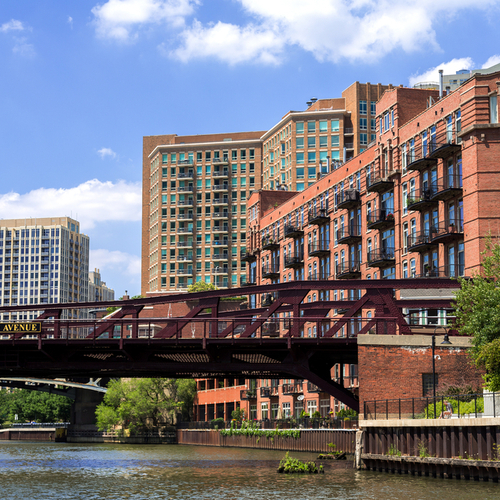 Looking for luxury apartments for rent near downtown Chicago Noca Blu?
