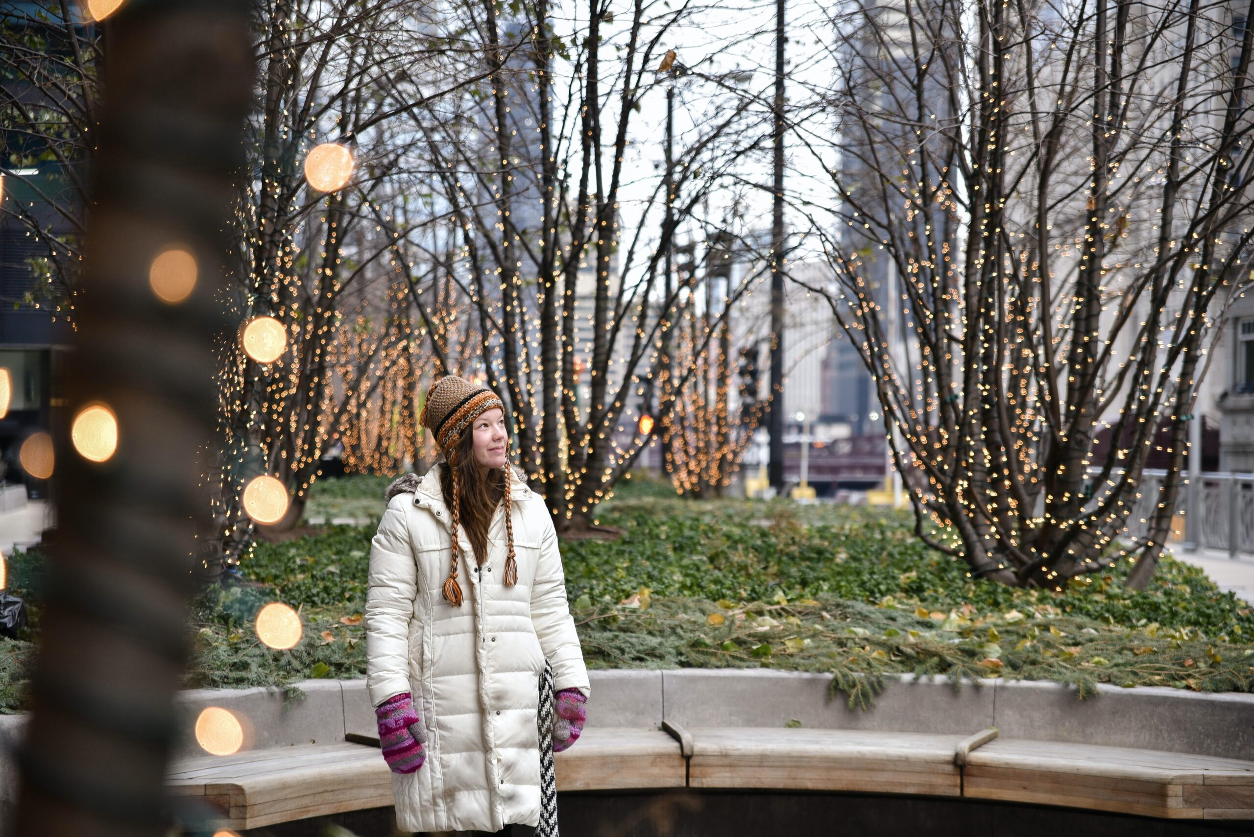 Looking for outdoor social distant Christmas and New Year things to do near downtown Chicago? Activities in the Loop!